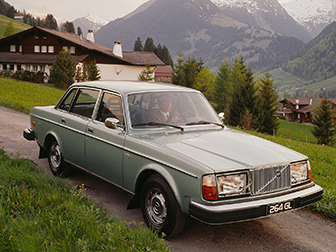 Location VOLVO 260 Calvados